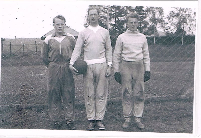 Einar Aas (t.v.) sammen med Reidar Skarbøvik og Oddvar Krogen i 1952.