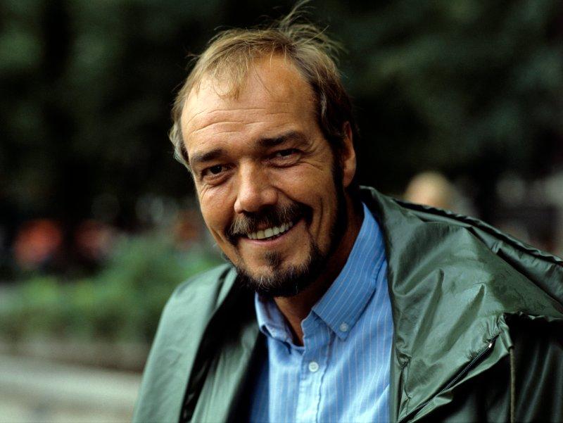 """NRK-profilen Totto Osvold var sentral i tilblivelsen av 1979-låta """"Vi slår til"""". Slik så Totto ut i 1982. Foto: NTB Scanpix."""