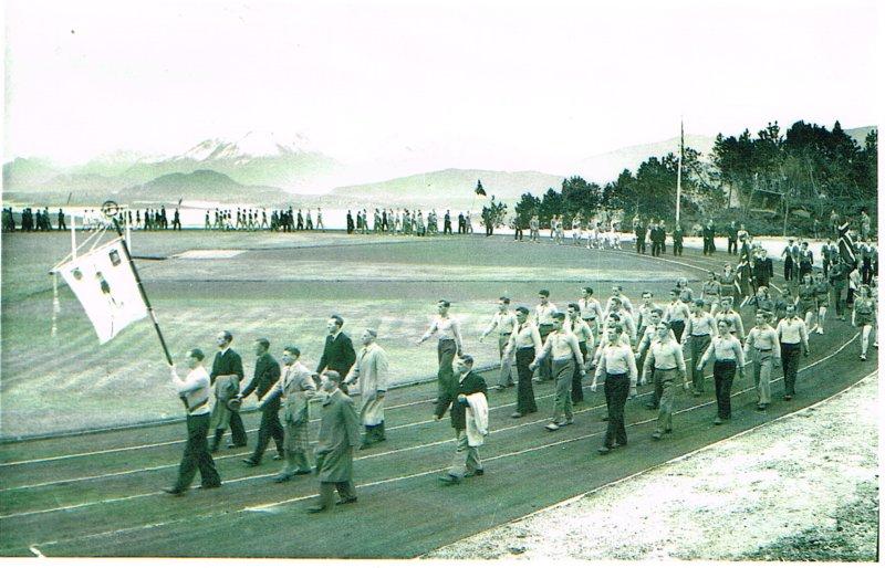 Bilde fra åpningen av Aksla stadion onsdag 26. mai 1948.