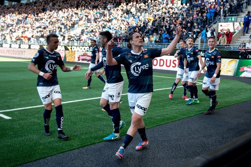 Vikings Tommy Høiland jubler under kampen mellom Viking og Sandnes Ulf på SR-Bank Arena. Foto: Carina Johansen / NTB Scanpix