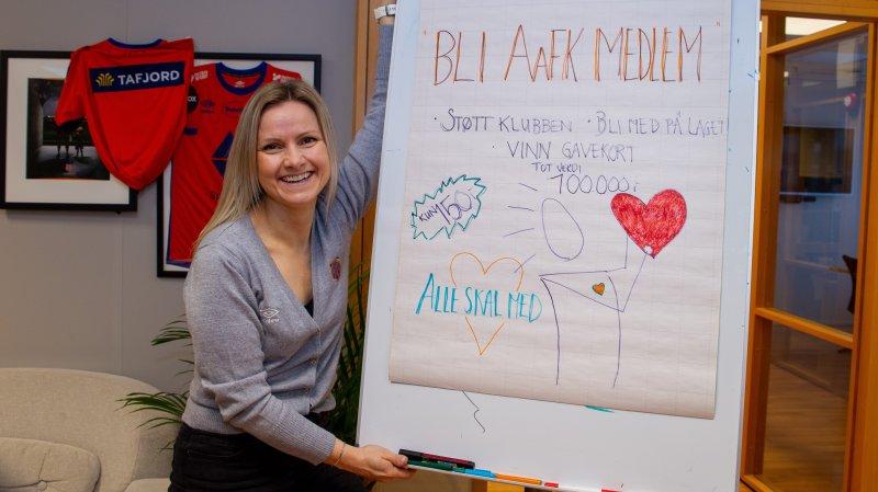 Kampanjeleder Sarah Isabella Aarøe håper på mange nye medlemmer!