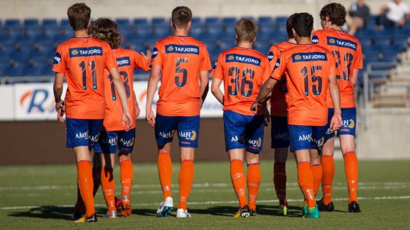 AaFK 2, for det meste bestående av G19-spillere, topper 4. divisjon. Foto: Srdan Mudrinic.