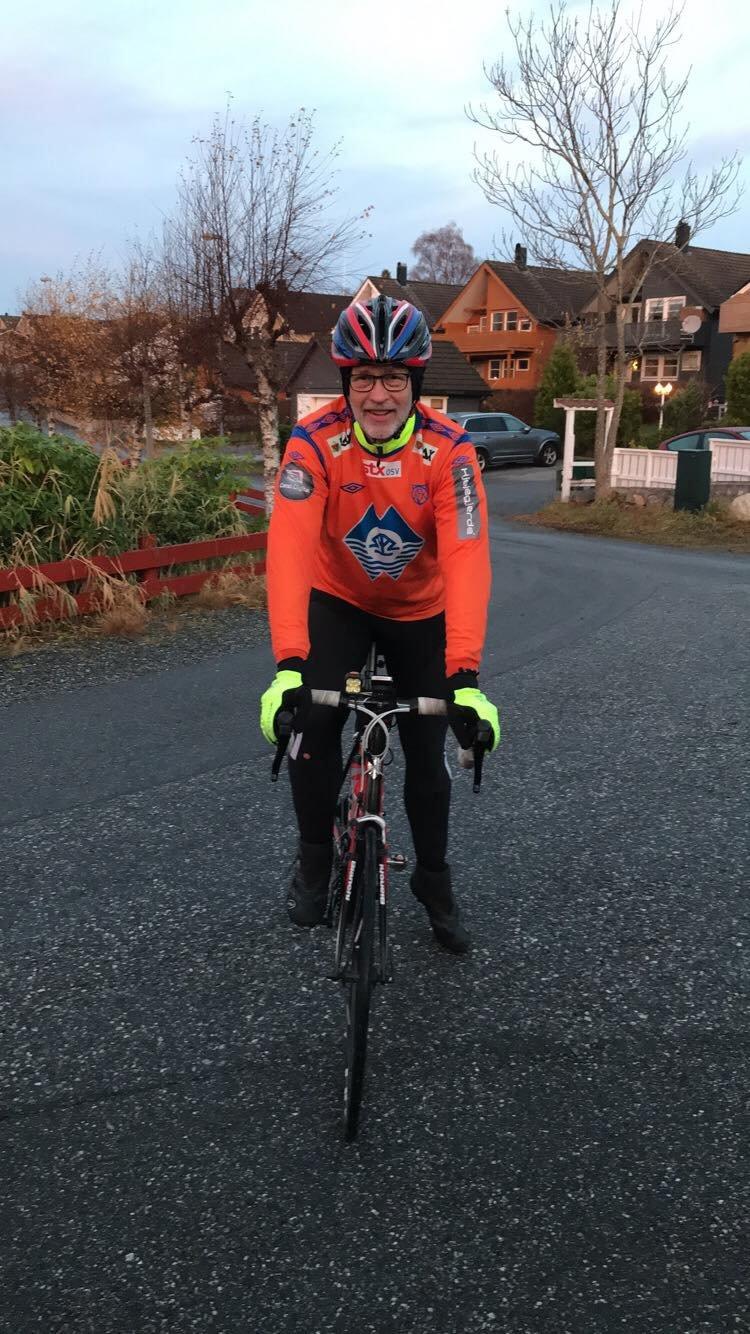 Starten gikk fra Larsgården tidlig torsdag morgen. 540 kilometer senere kom Erling fram til Strømmen lørdag kveld.