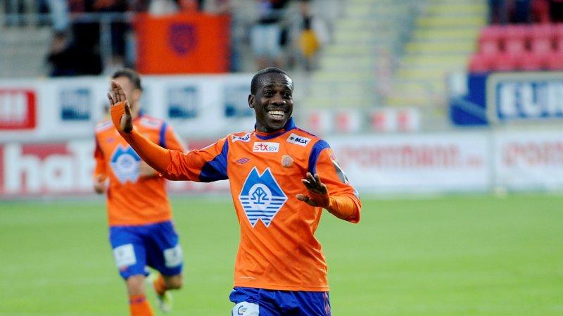 Tremaine Stewart jubler for 3-0-scoringen borte mot Fredrikstad i 2012. Foto: Jon Olav Nesvold / NTB