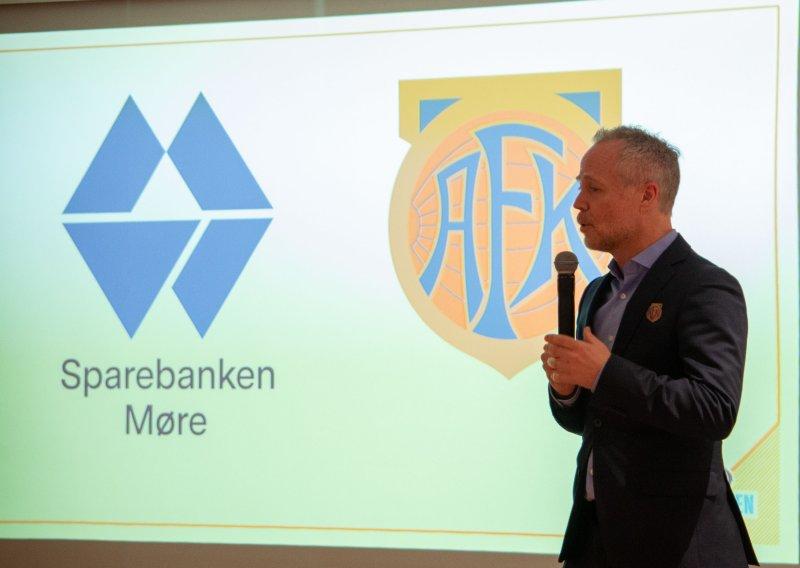 Klubbdirektør i Aalesunds Fotballklubb, Geir S. Vik, var stolt over å kunne offentliggjøre den nye samarbeidsavtalen.